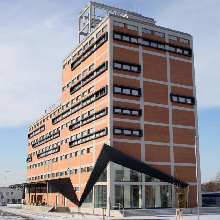 Budova centra strategických služeb NWT a.s.