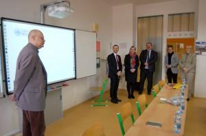 Slavnostní předání interaktivních tabulí Indota na ZŠ Křiby